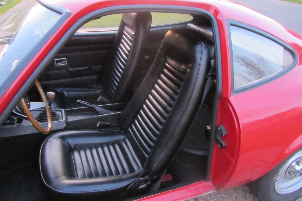 Opel kadett fastback ls 50 paintjob for Auto interieur verven